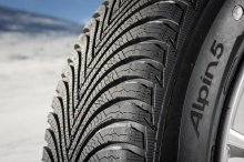 MICHELIN - 225/55  R17 97 H ALPIN 5* ZP  M+S